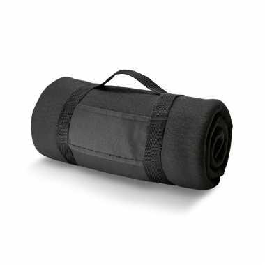 1x fleece dekens/plaids zwart met afneembaar handvat 150 x 120 cm