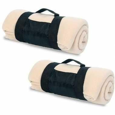 2x fleece dekens/plaids beige afneembaar handvat 160 x 130 cm