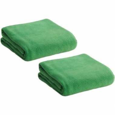 2x fleece dekens/plaids groen 120 x 150 cm