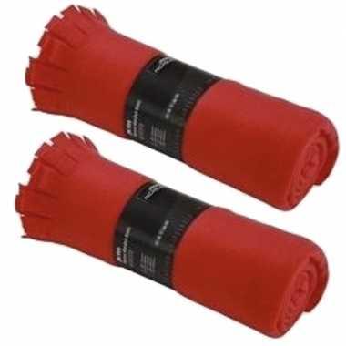 2x fleece dekens/plaids met franjes rood 130 x 170 cm