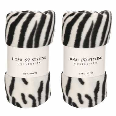 2x fleece dekens zebra print 130 x 160 cm