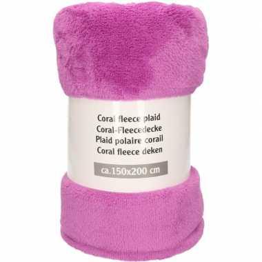 Donker paarsroze fleece deken 150 x 200 cm