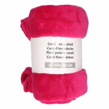 Donker roze fleece deken 150 x 200 cm