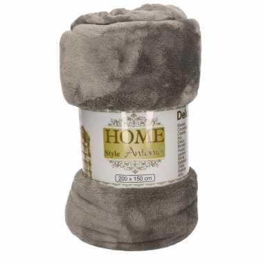 Flanellen/fleece deken/plaid grijsbruin 150 x 200 cm