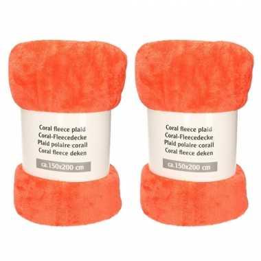 Set van 2x stuks koraal oranje fleece dekens met 150 x 200 cm