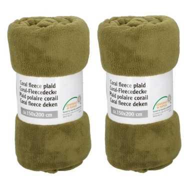 Set van 2x stuks olijf groene fleece dekens 150 x 200 cm