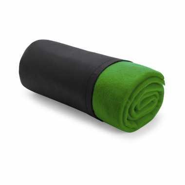 Set van 2x stuks polar fleece deken/plaid groen 120 x 150 cm
